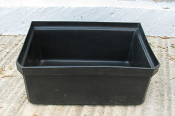 medium black polyethylene feedbin