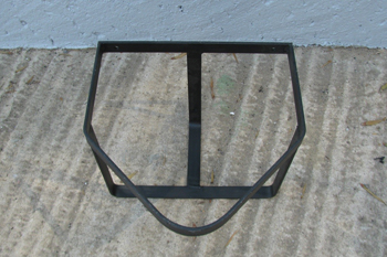 steel triangular bucket rack
