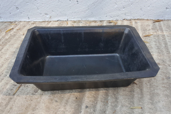black small heavy duty rubber feedbin