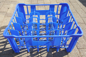 plastic grass partition crate