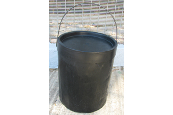 plastic large strong bucket