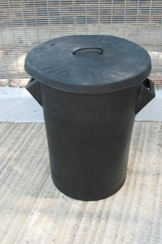 rubber dustbin black with lid 85 litre