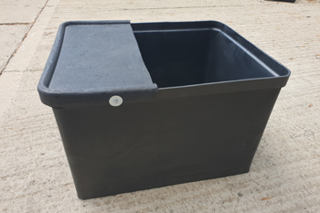 plastic water trough 135 litre